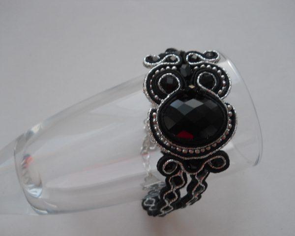 apyranke Black