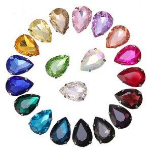 lašo formos kristalai